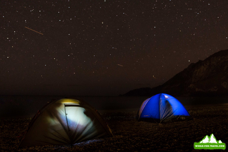 ночевка на берегу моря