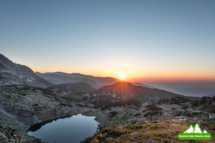 Болгария - горы Рила и Рыльские озера закат солнца