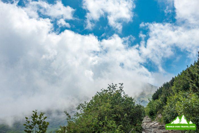 горы Румунии, Рогдна - Кайлор - Веселое кладбище