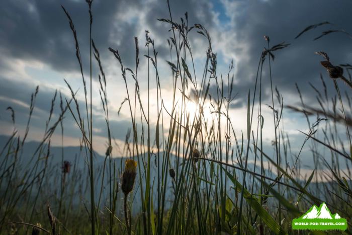 Фаркеу, Михайлек и озеро Виндерел